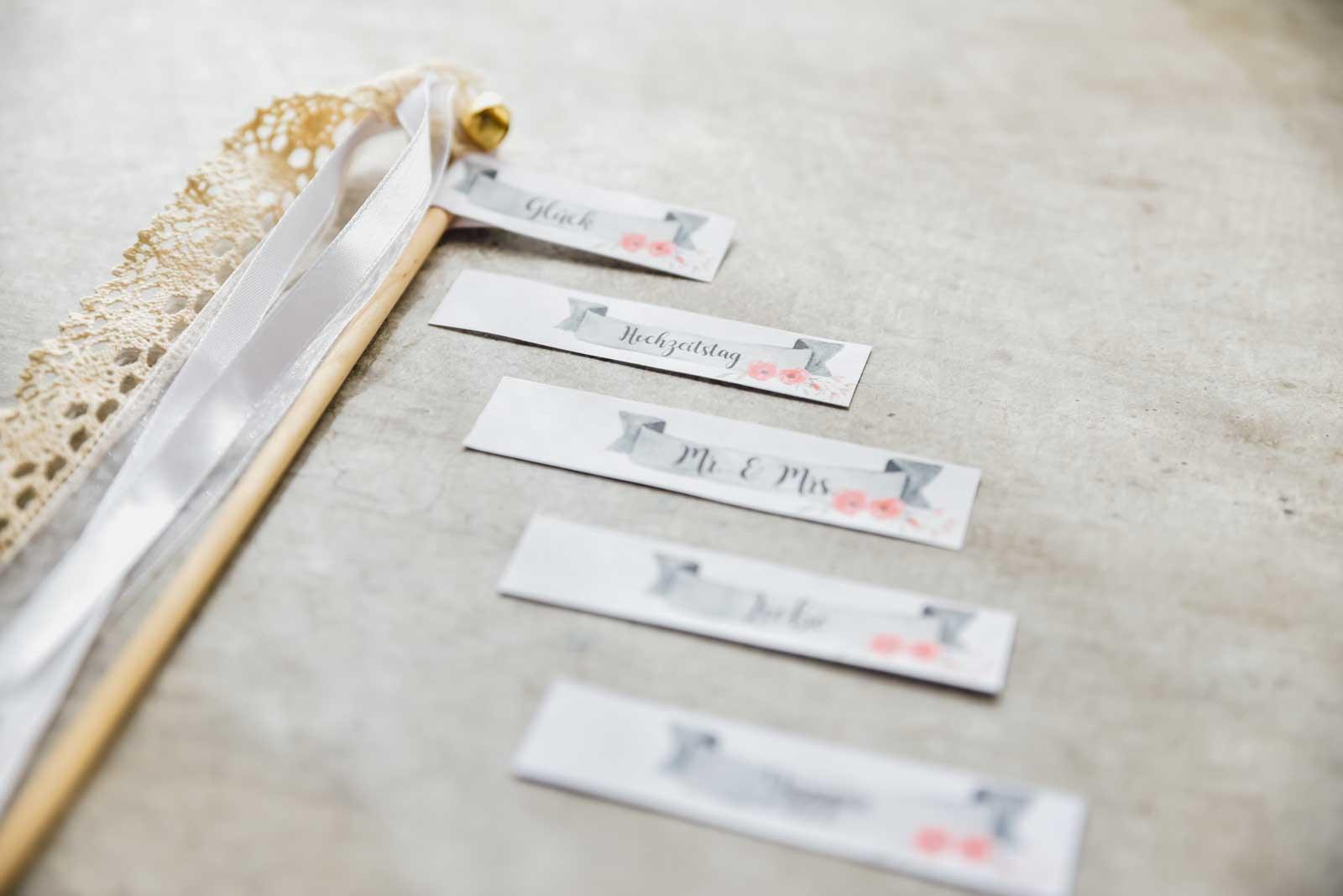 DIY-Schildchen-Wedding-wands-Hochzeit-2
